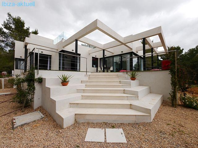 Haus mit Meerblick und Pool
