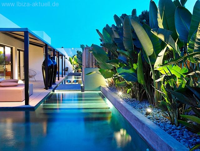 Port des Torrent: <b>Ibiza Bali Haus</b>